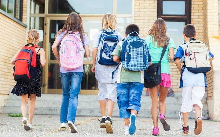 Période de cinq ou six jours, ce qui convient mieux aux écoles russes