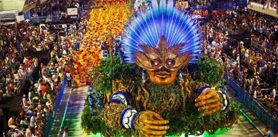 plate-forme décorée au carnaval de rio de jeneiro